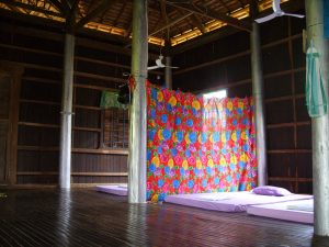 shared bed room pomelo home stay koh trong kratie cambodia